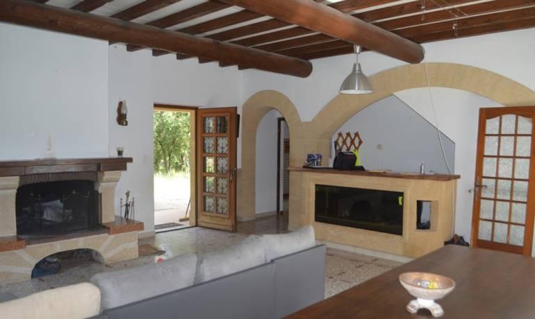 Villa avec terrain de 3300 m²